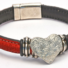 Mini Regaliz Leather Bracelets