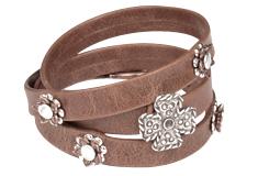 Riveted Flat Leather Bracelet Design Ideas